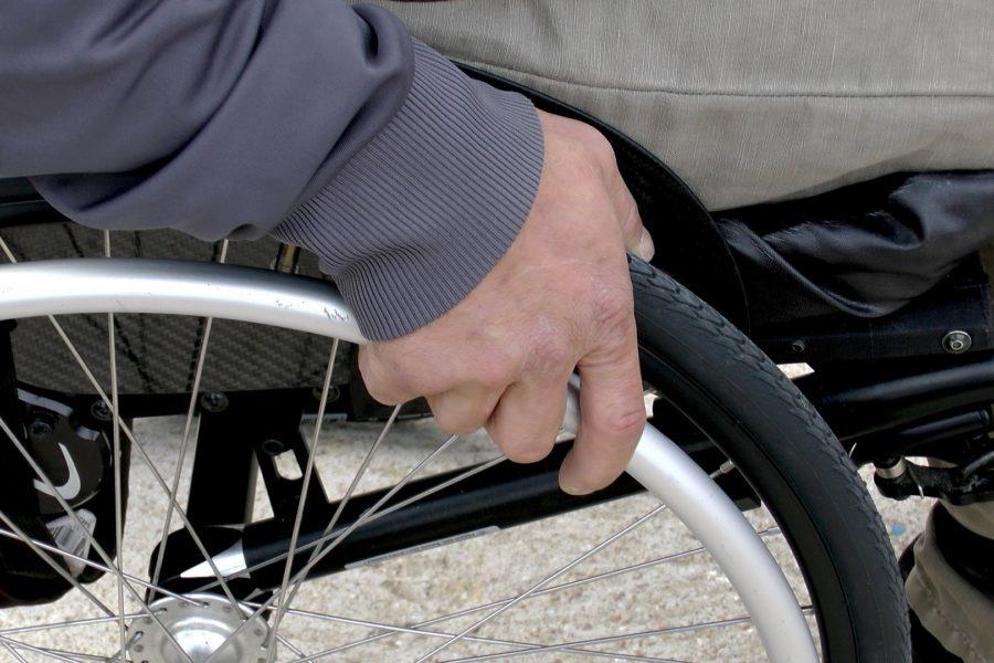 Movilidad reducida, qué tipos de ayudas técnicas podemos instalar